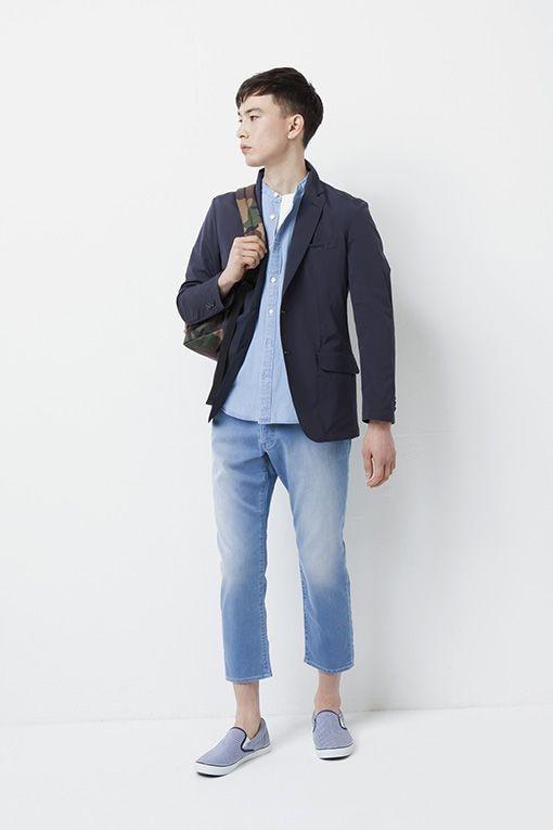 ジャケットとカラーシャツのコーデ