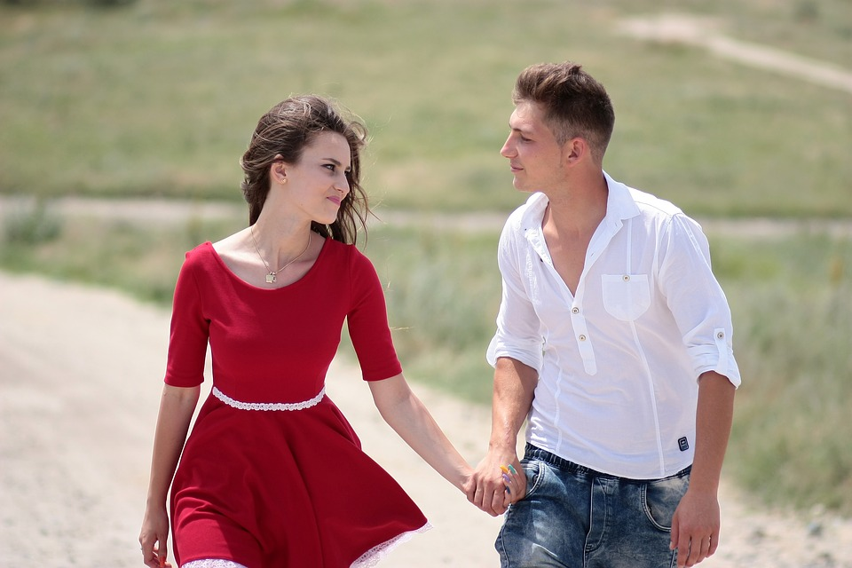 couple-1502624_960_720