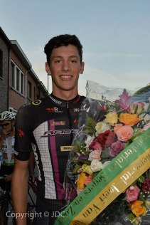 Beveren 2014: To the victor goes the flowers.