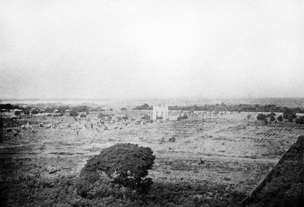 Vista do cemitério São João Batista. In: Relatório do superintendente municipal Arthur César Moreira de Araújo, 1901.