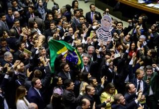 Comissão de impeachment é aprovada na Câmara, confira quem são os deputados