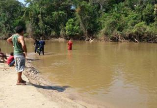 Durante confraternização de família, irmãos de 5 e 7 anos morrem afogados ao brincar em rio / Divulgação