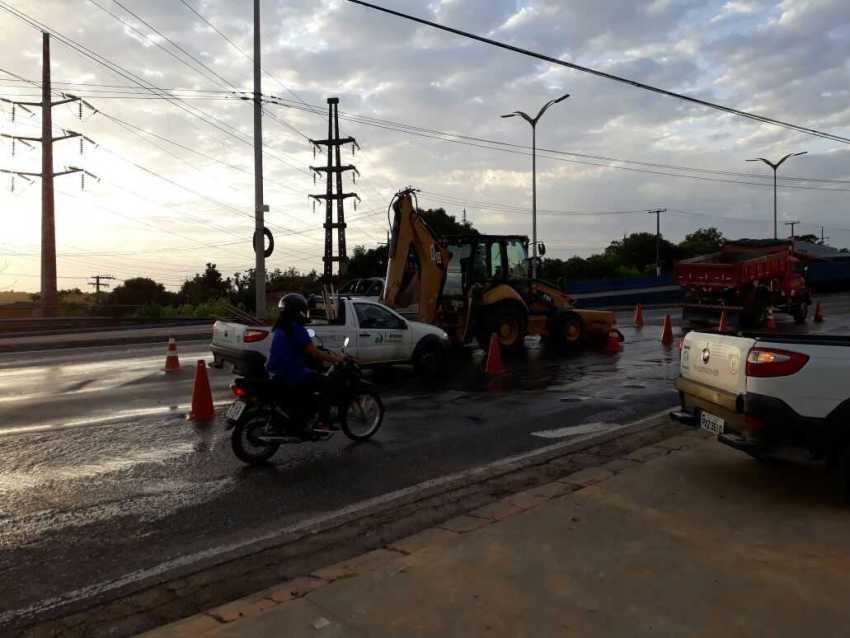 De novo: Em menos de12h adultora apresenta vazamentos no Coroado, Manaus Ambiental alega que foi estratégia - Imagem: Via Whatsapp