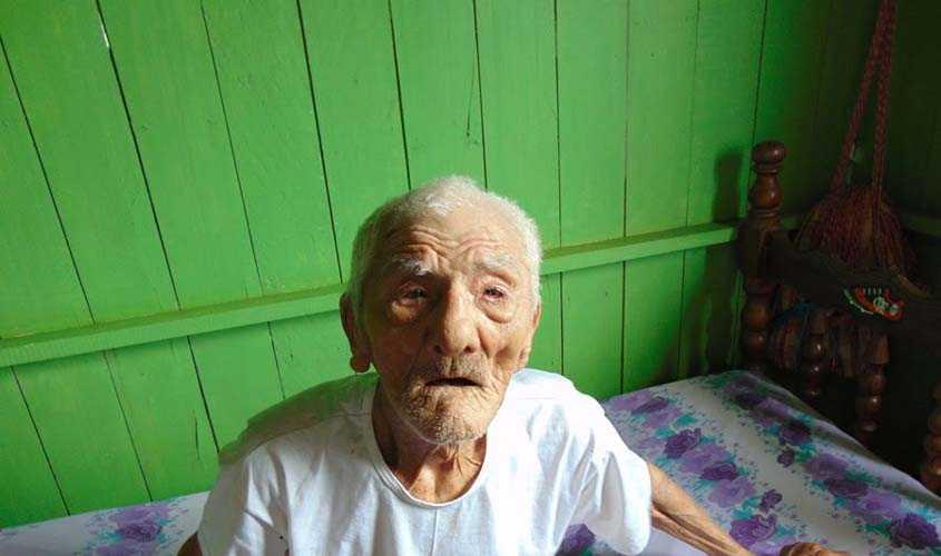 Soldado da borracha de 108 anos resiste e espera por seus direitos / Fonte: SINDSBOR