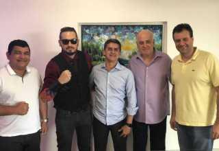 deputado David Almeida (sem partido), almoçou nesta sexta-feira (16), com dirigentes do PSB no Amazonas. / Foto : Divulgação