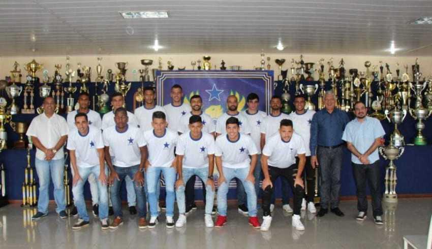Os 16 jogadores do Naça para a temporada 2019. / Foto: Divulgação/Nacional FC