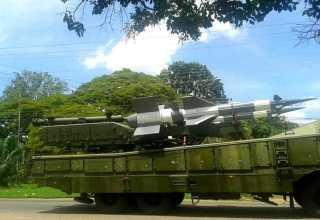 Caminhões com mísseis Pechora foram vistos próximos da fronteira com o Brasil e Guiana. / Foto: Dario Graffo/Twitter