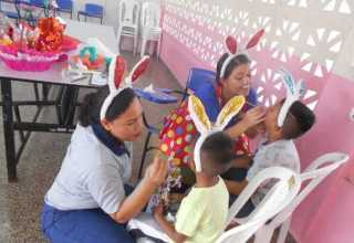 Crianças recebem ovos de Páscoa nas unidades prisionais / Foto : Divulgação SEAP