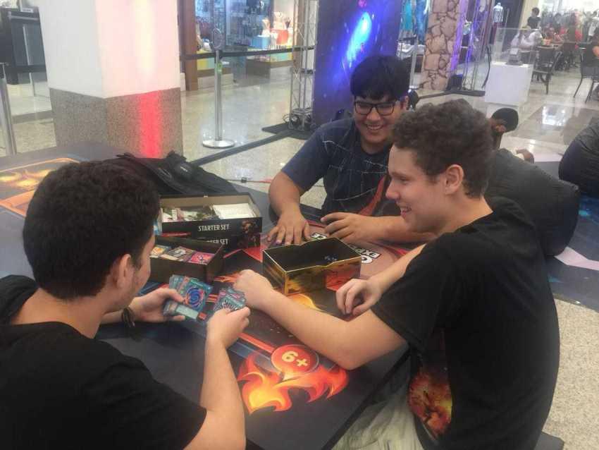 """""""Geek Experience"""" promove campeonato de games e oficinas no Amazonas Shopping"""