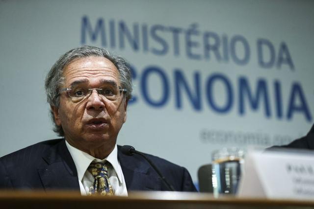 Paulo Guedes: ministro vem sendo pressionado a anunciar medidas para proteger a economia do coronavírus (José Cruz/Agência Brasil)