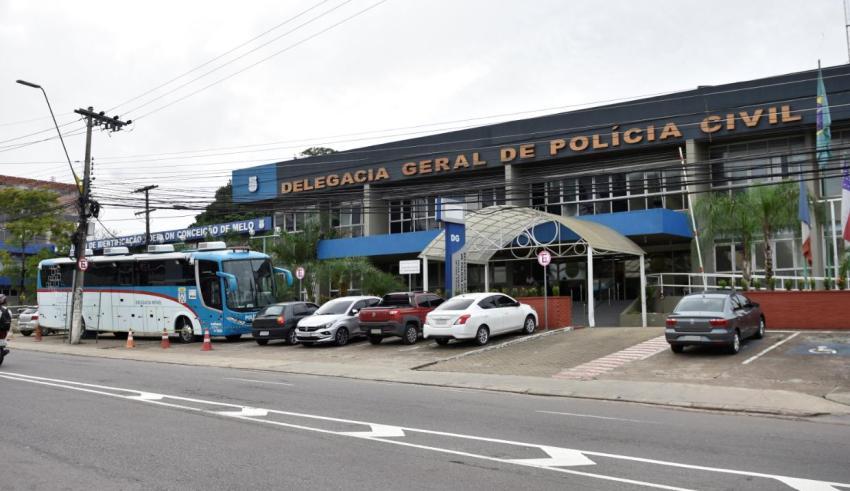 Polícia Civil investiga grupo que promete queima de carros e ônibus durante manifestação, em plena pandemia