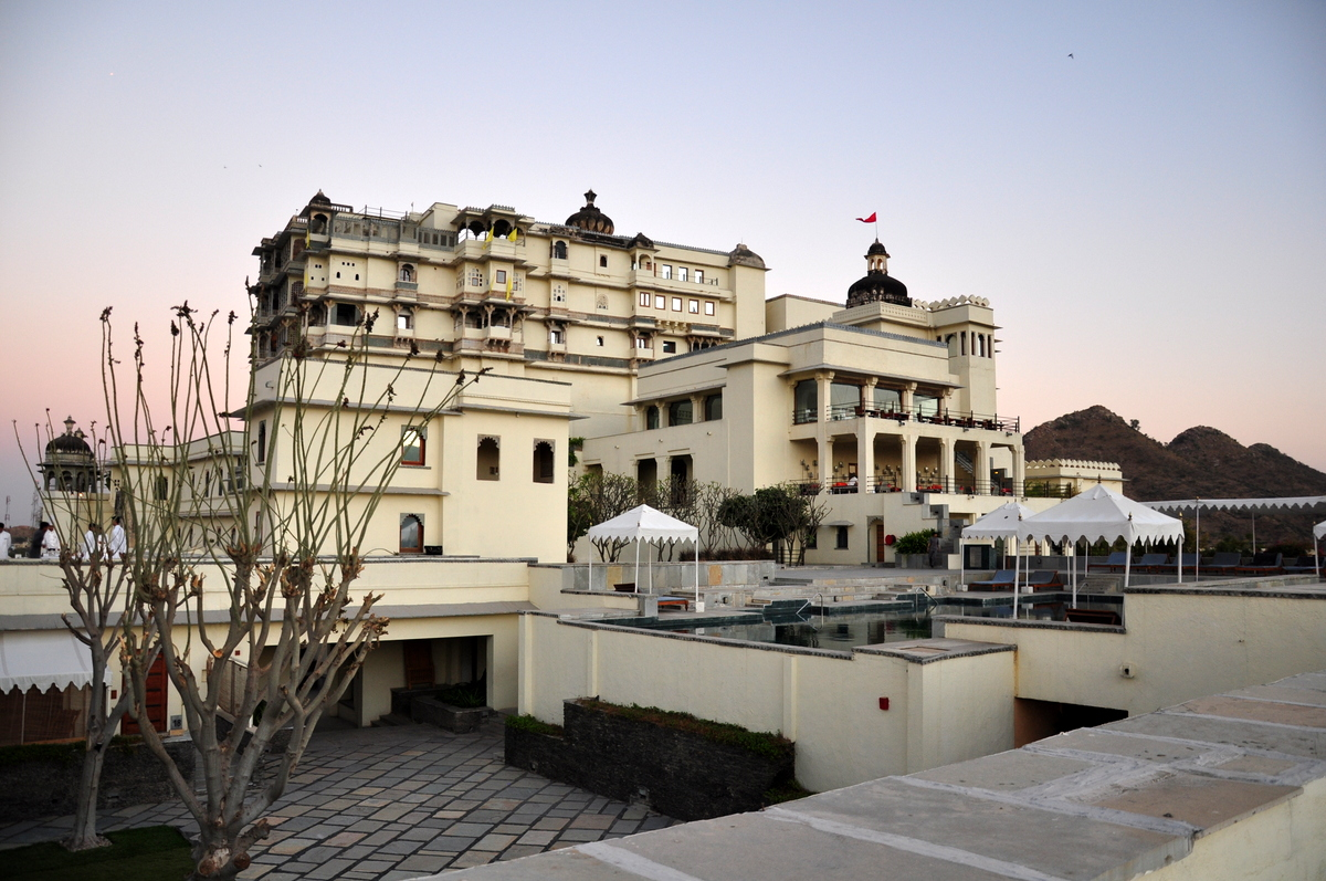The Most Beautiful Hotel In Udaipur – Devi Garh Palace