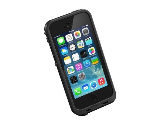 Ultimate Holiday Gift Guide for Traveling Families - Iphone Lifeproof case