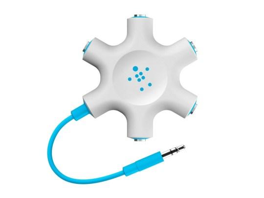 Ultimate Holiday Gift Guide for Traveling Families - Belkin Headphone splitter
