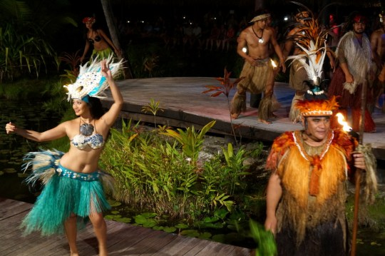 Te Vara Nui - Guide to the Cook Islands with Kids