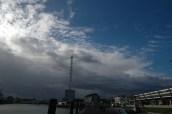 Wechselhaftes Wetter: zwischen strahlendblauem Himmel und Sturmböen mit Schauern