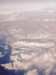 Berge mit ein bisschen Schnee drauf. Wie Puderzucker.
