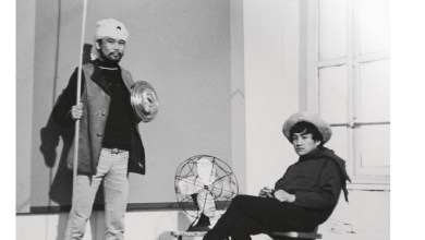 Leo Valledor (left) and Carlos Villa in a New York City apartment in 1967.
