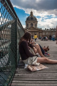 A relaxing moment on Pont des Arts