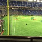【東京ドーム観戦記】バルコニー席のスーパーウィングでビュッフェを食べながら野球を観戦