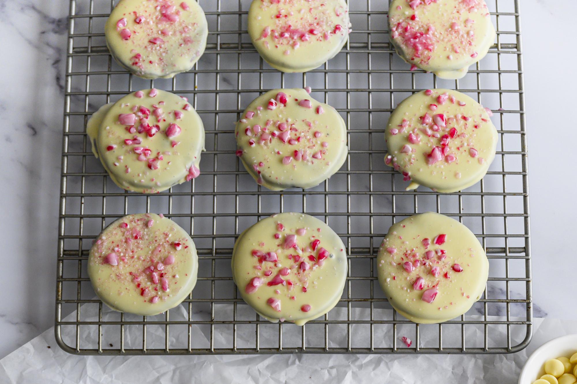 peppermint-bark-cookies