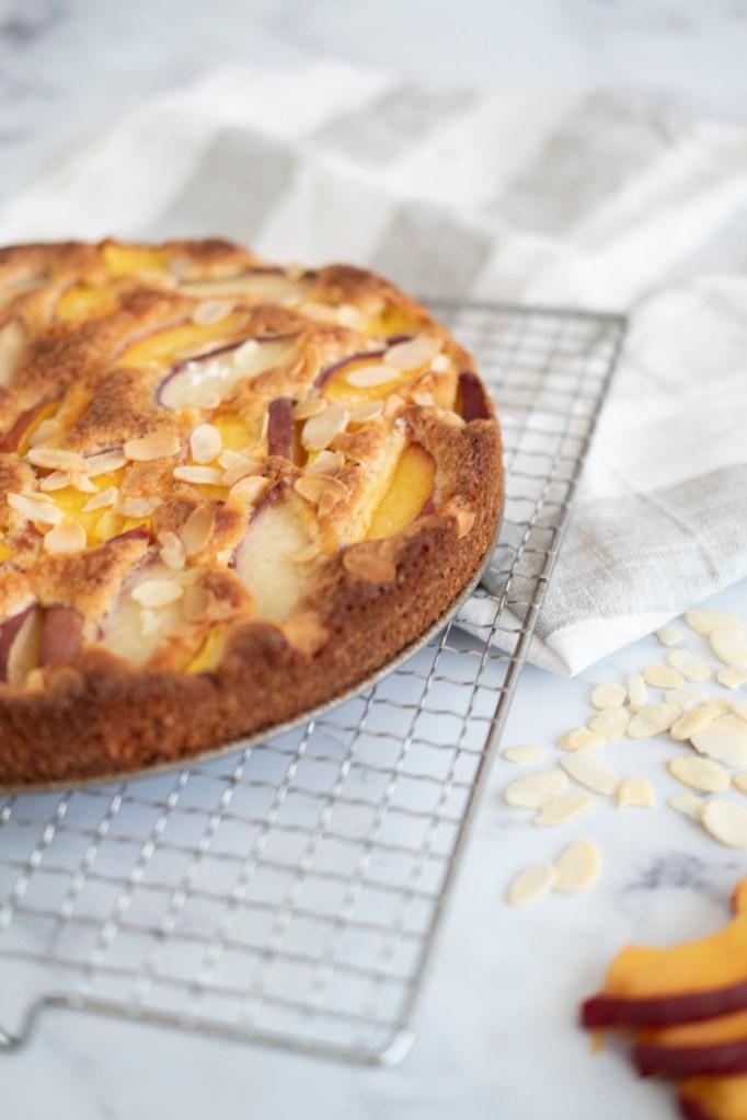 peach-almond-cake