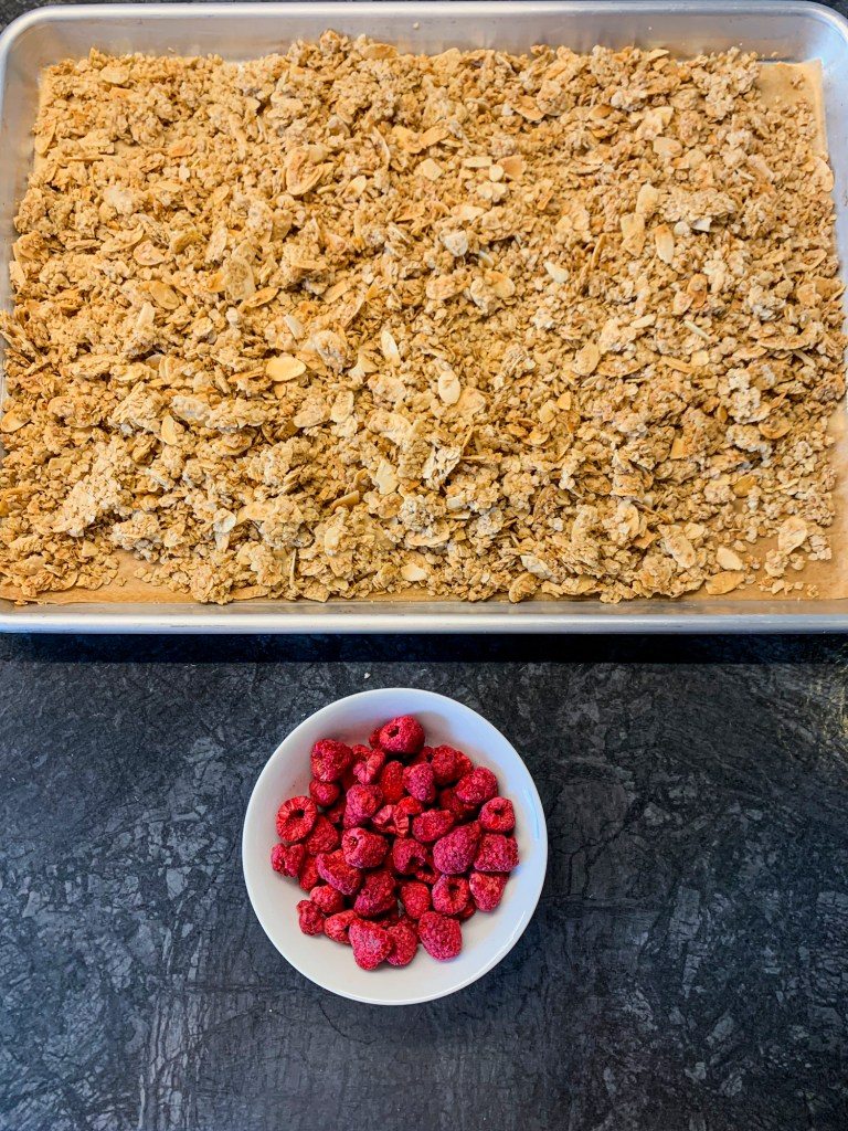 healthy-raspberry-almond-granola