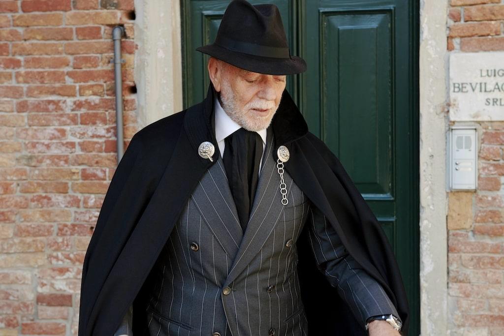 Sandro Zara wearing a Tabarro