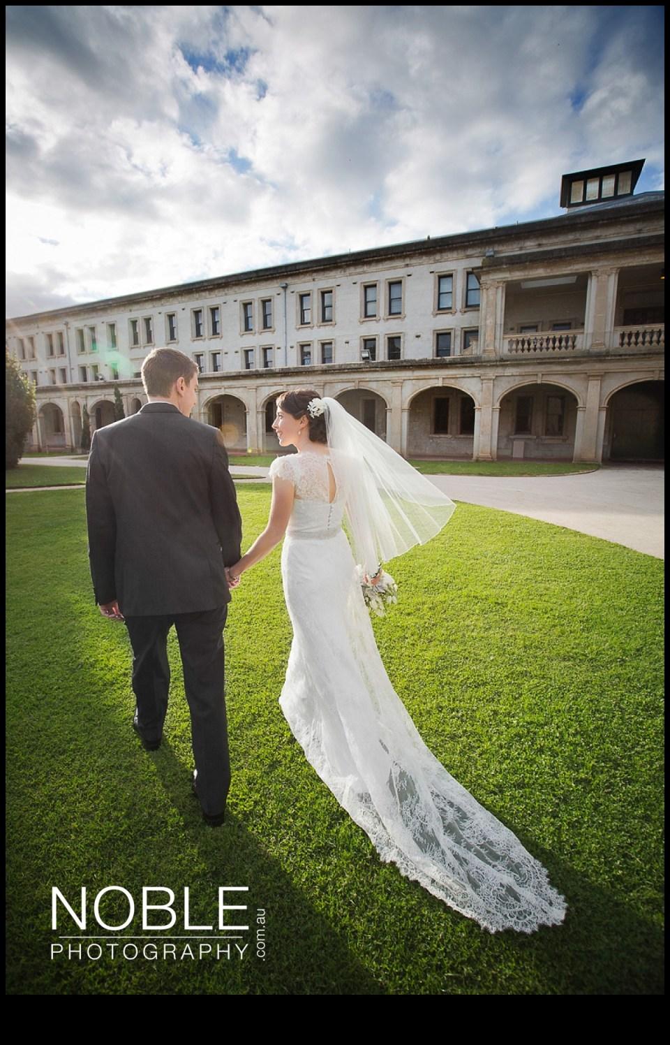 20-werribee-mansion-bride-groom.JPG