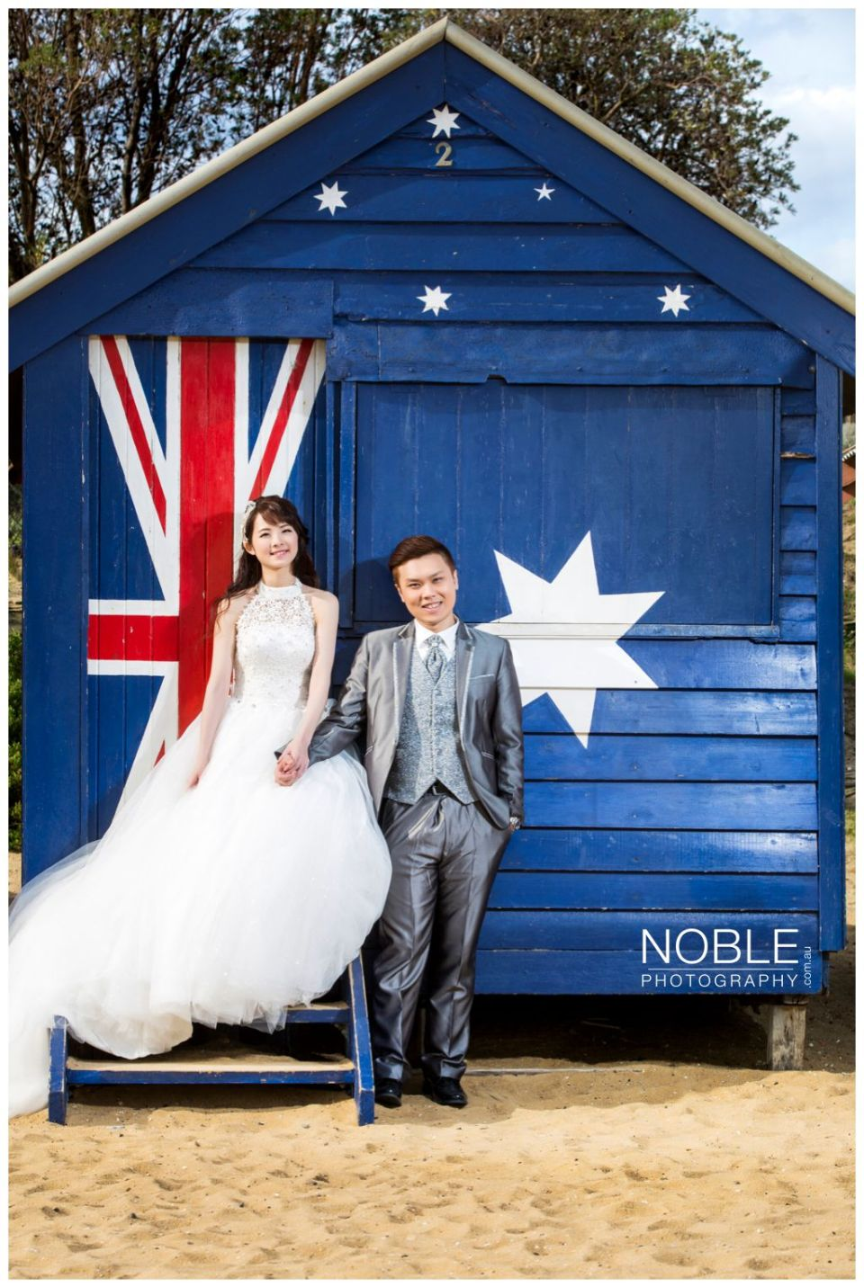 beach prewedding australia
