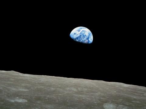 earthrise-1968