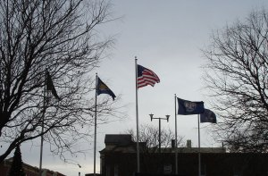 flags-at-fort-scott