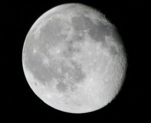 moon-090609