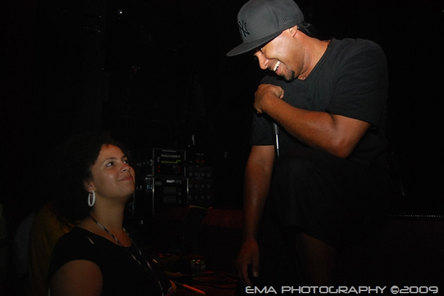 Donny Goines serenading a lady in the crowd