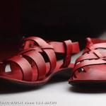 赤いサンダル