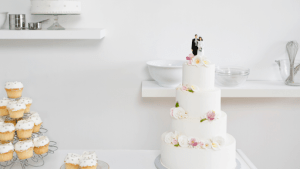 10 things to consider before choosing your wedding cake!
