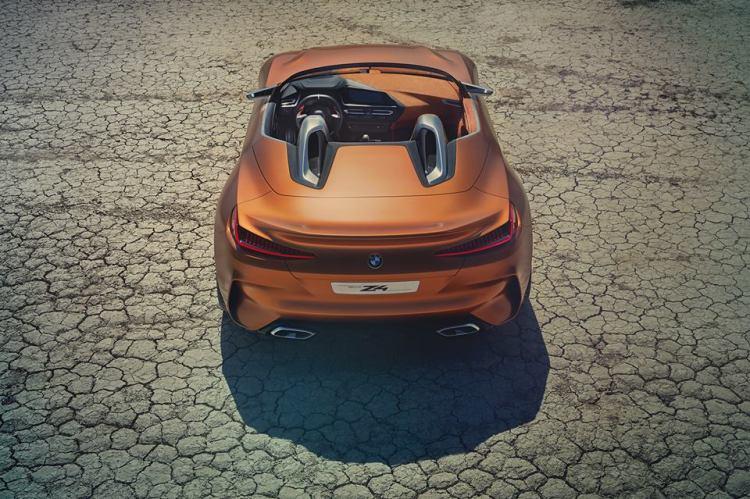 新型 BMW Z4 テール回り