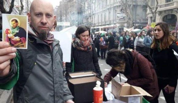 argentinos renuncia igreja católica