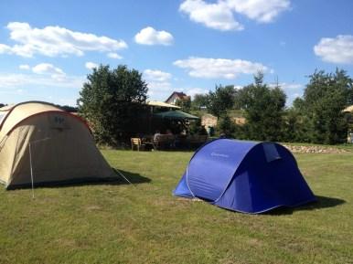 Pole namiotowe - duża powierzchnia