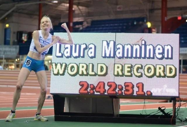 laura manninen récord del mundo de maratón en pista cubierta