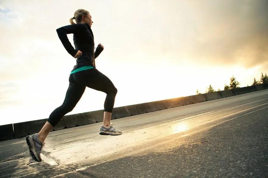 correr fortalece los huesos