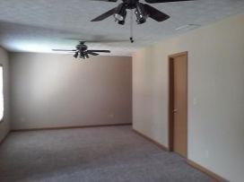 2798A-Country-Ct-upstairs-bedroom-2-750x500
