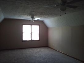 2798A-Country-Ct-upstairs-bedroom-750x500
