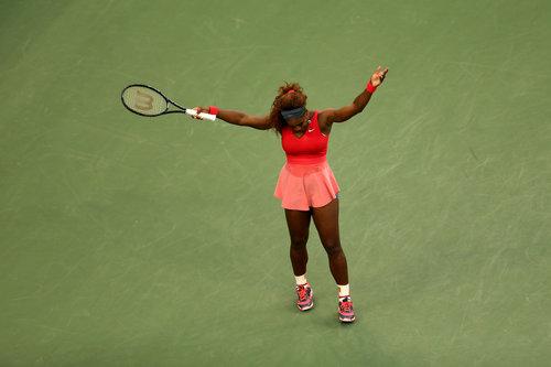 @serenawilliams WINS @usopen title after defeating Victoria Azarenka. #Serena #Tennis #NoCriticsJustArtists