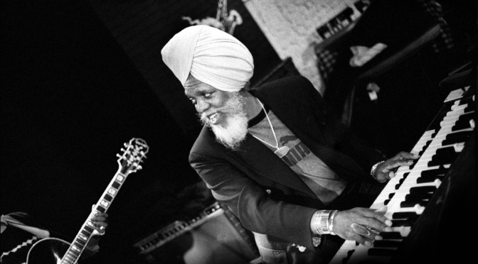 "Oldie But Goodie: ""In The Beginning"" Octet: ""Psychedelic Pi"" by American #Jazz Organist – Dr. Lonnie Smith #NoCritcsJustArtists"