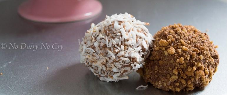 chocolate chip cheesecake truffles5