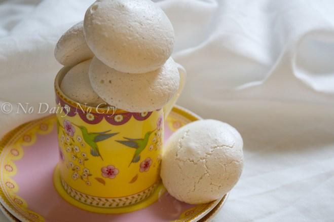 vanilla meringue cookies3