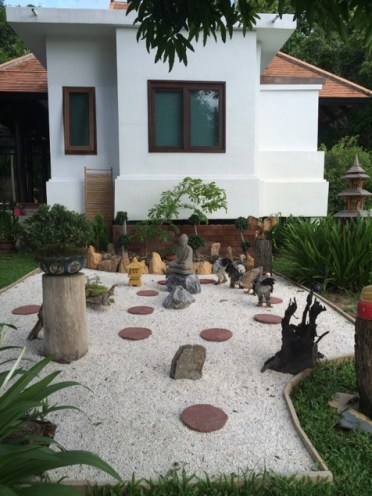 The garden outside the villa I stayed in, with chickens!