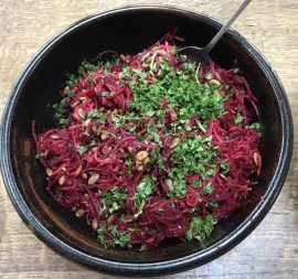 raw beetroot and apple salad