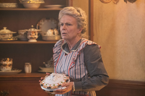 Julie Walters is Ellen in Disney's MARY POPPINS RETURNS.